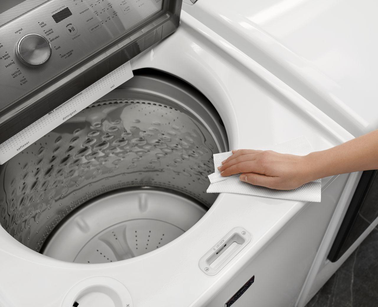 تمیز کردنه ماشین لباس شویی دو قلو