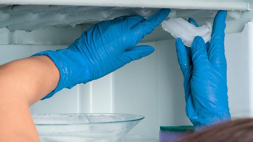 راه های جلوگیری از برفک یخچال و فریزرها