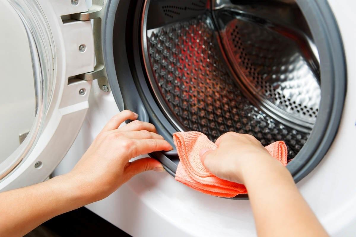 تمیز کردن ماشین لباسشویی با اسید سیتریک