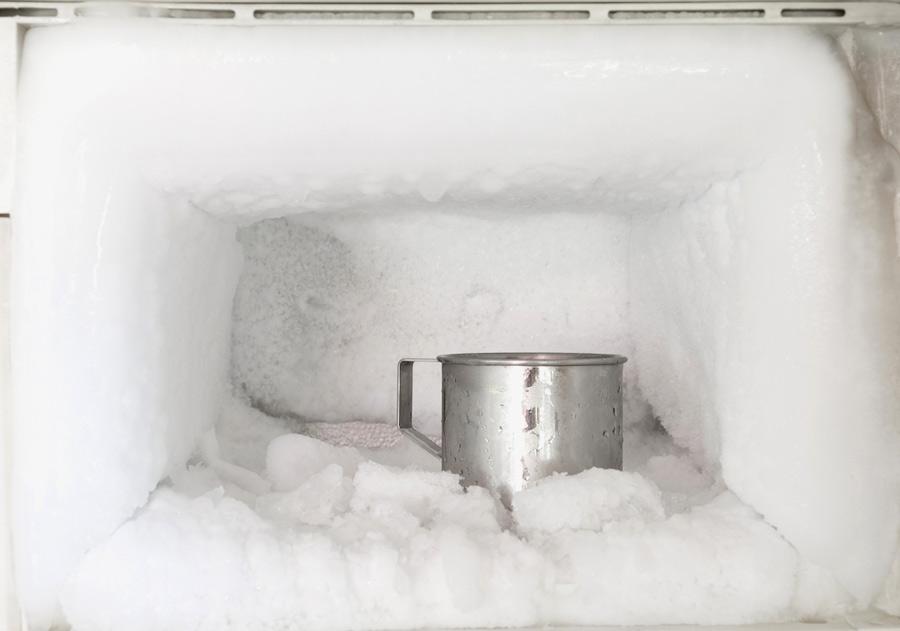 آب کردن برفک یخچال و فریزر