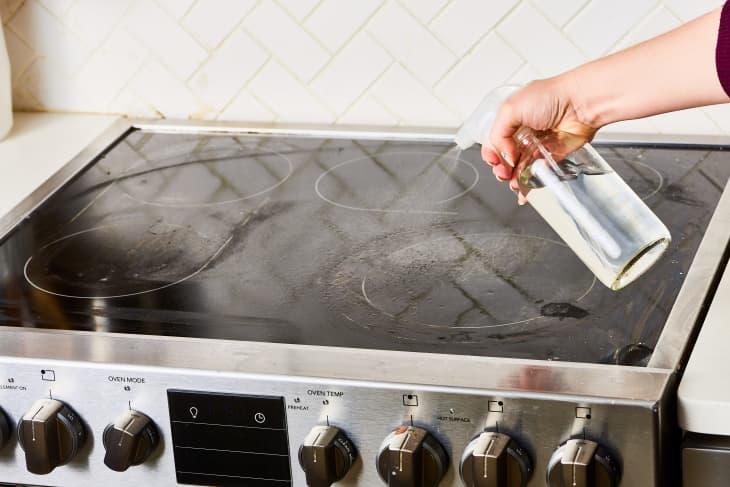 نحوه تمیز کردن گاز شیشه ای برقی